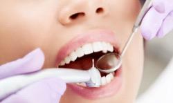 Болит передний зуб – как быть?