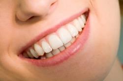 Болят верхние зубы – почему?