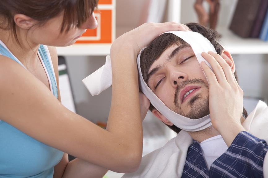 Что же далеть, если очень болит зуб?