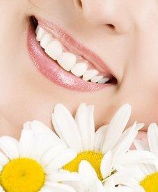 Стоимость зубов зависит от типа протеза и материала, из которого его изготавливают